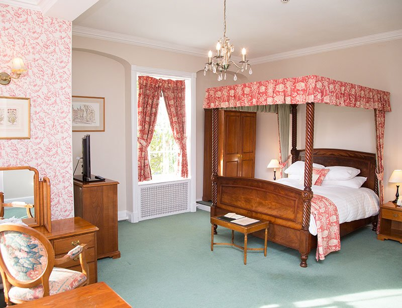 Manor House is a manor house country hotel with 34 well-appointed bedrooms and suites.