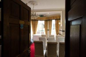 Woodland Manor Hotel and Restaurant - Interior - 17