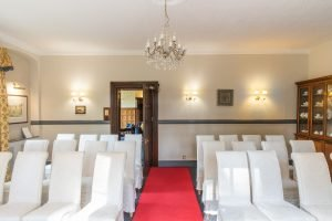 Woodland Manor Hotel and Restaurant - Interior - 18